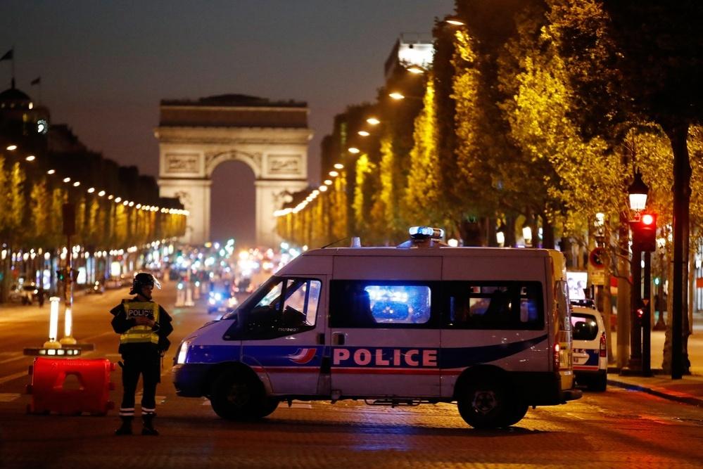 Стрельба по полицейским велась прицельно, сообщает МВД Франции