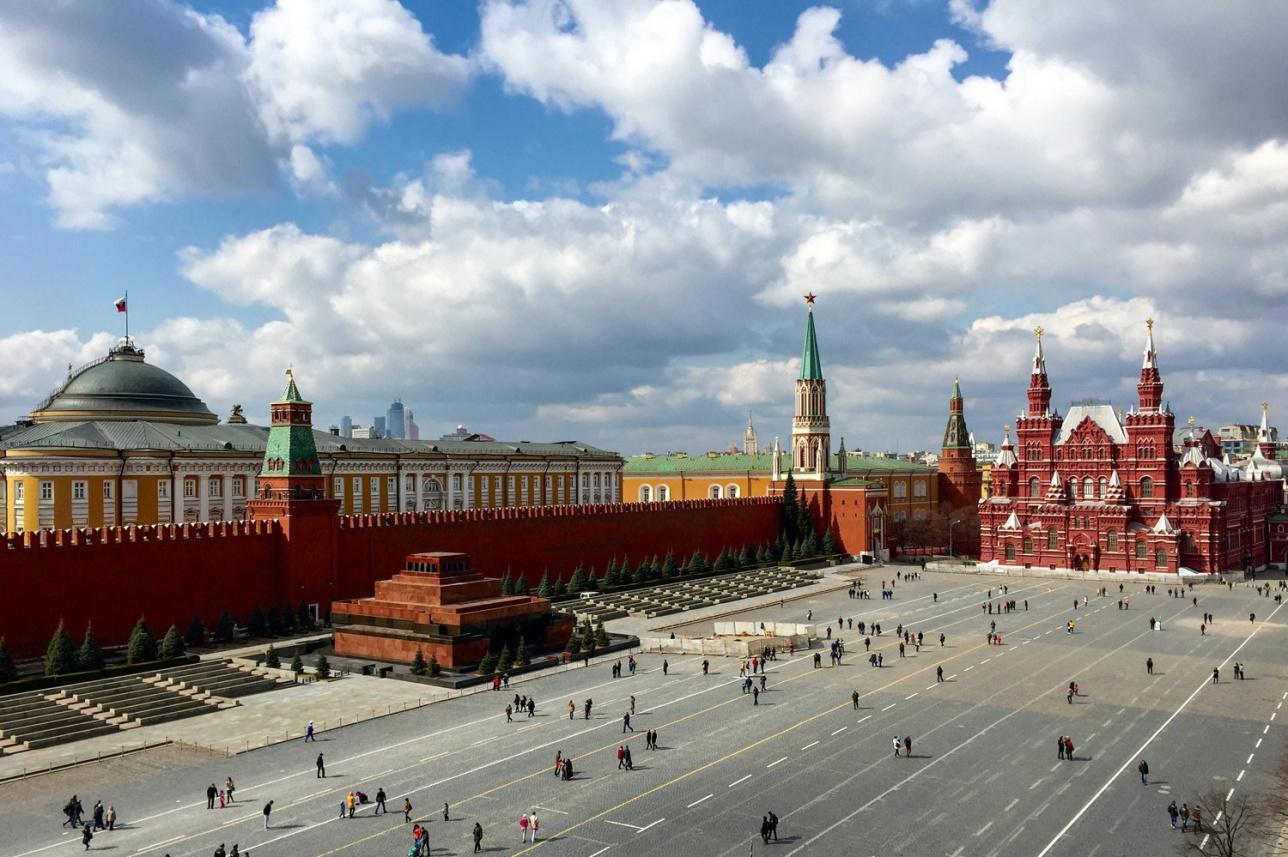 Мавзолей с 1924 года сталь частью архитектурного ансамбля Красной площади Москвы