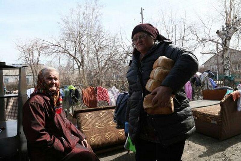 Жители посёлка утверждают, что затопления у них нечего было даже пить