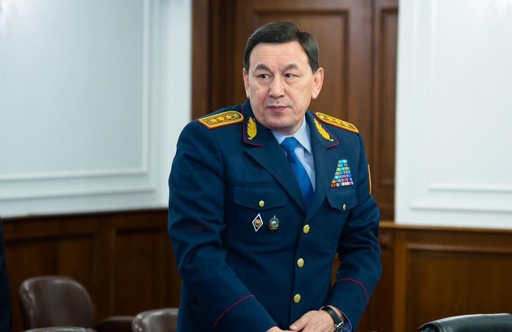Министр внутренних дел Калмуханбет Касымов
