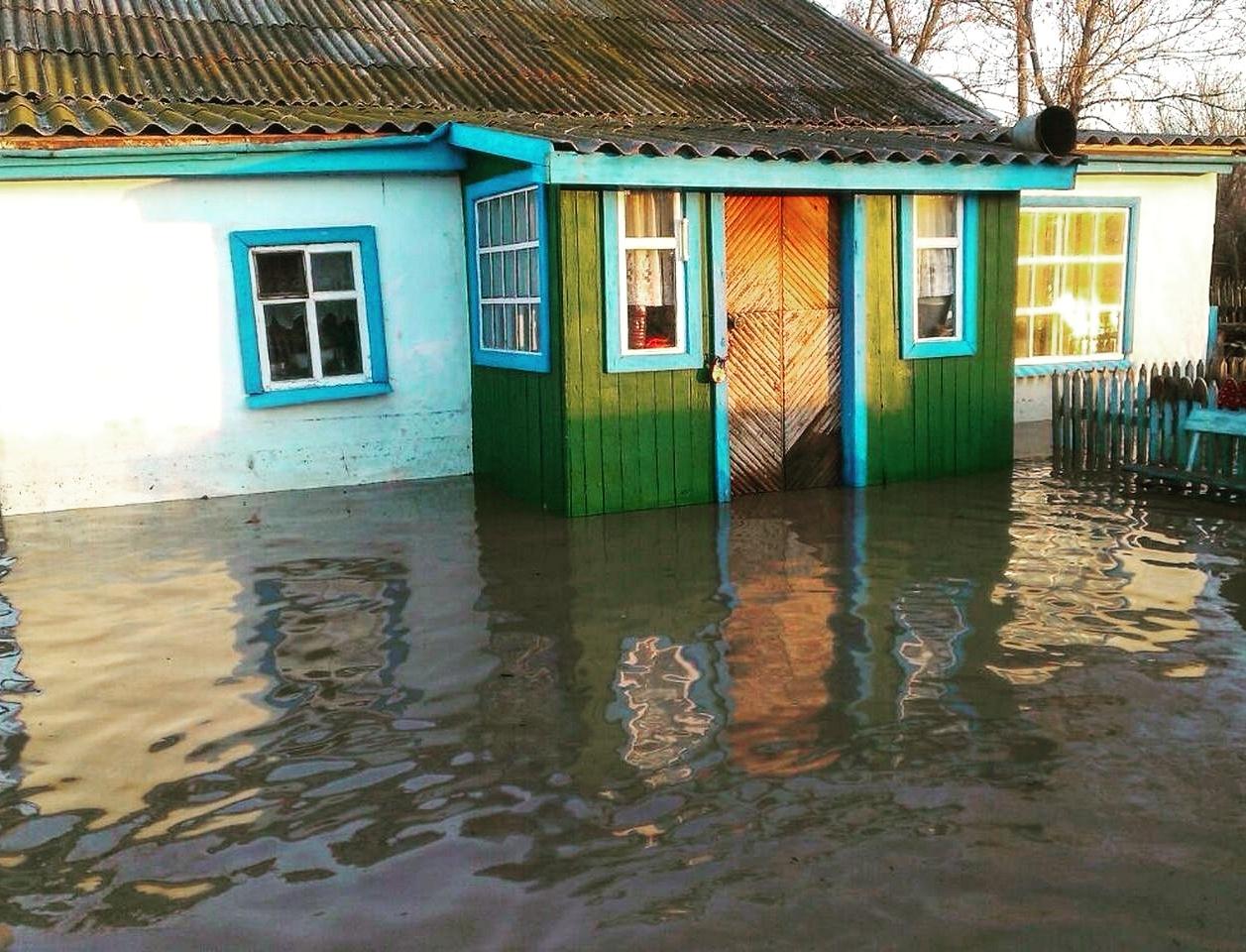 Уровень затопления домов в посёлке Зелёновка