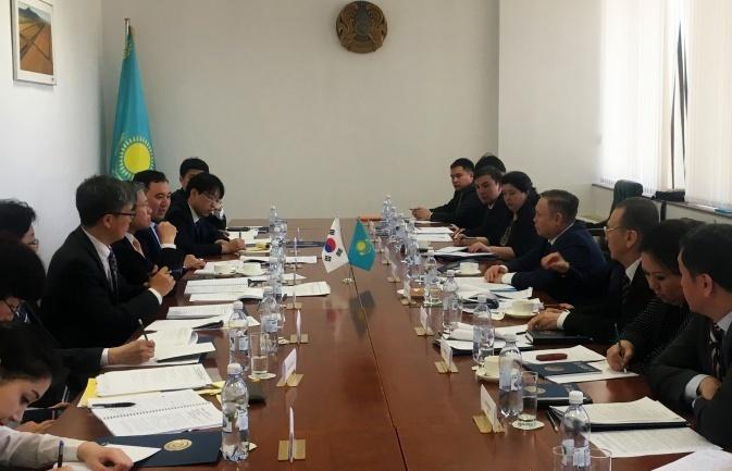 Переговоры с представителями Сеула прошли в Астане 26 апреля