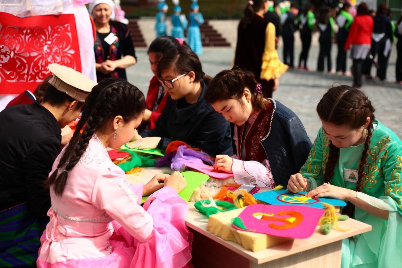 Учащиеся НИШ окунулись в атмосферу праздника Наурыз