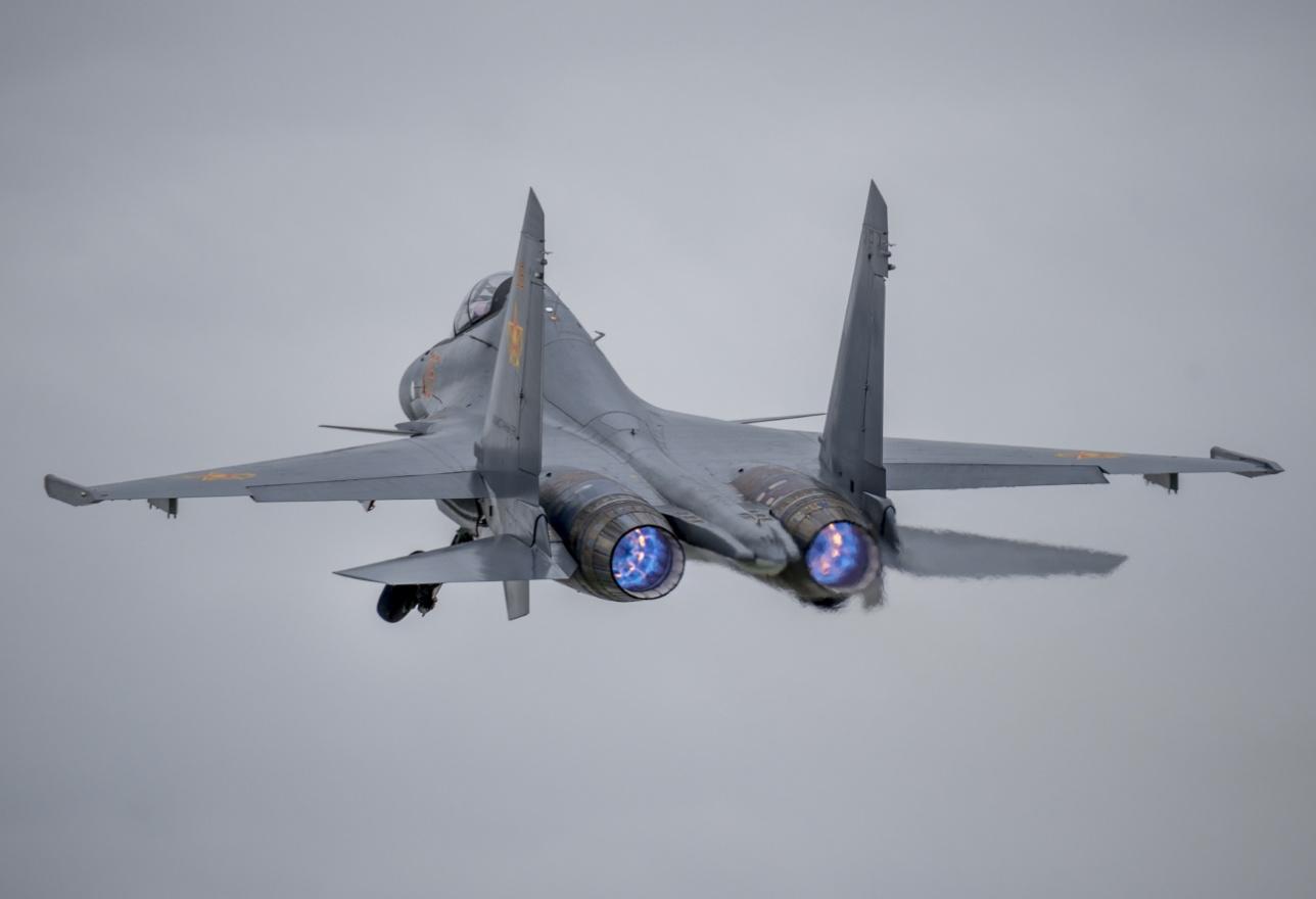 Взлёт Су-30 СМ