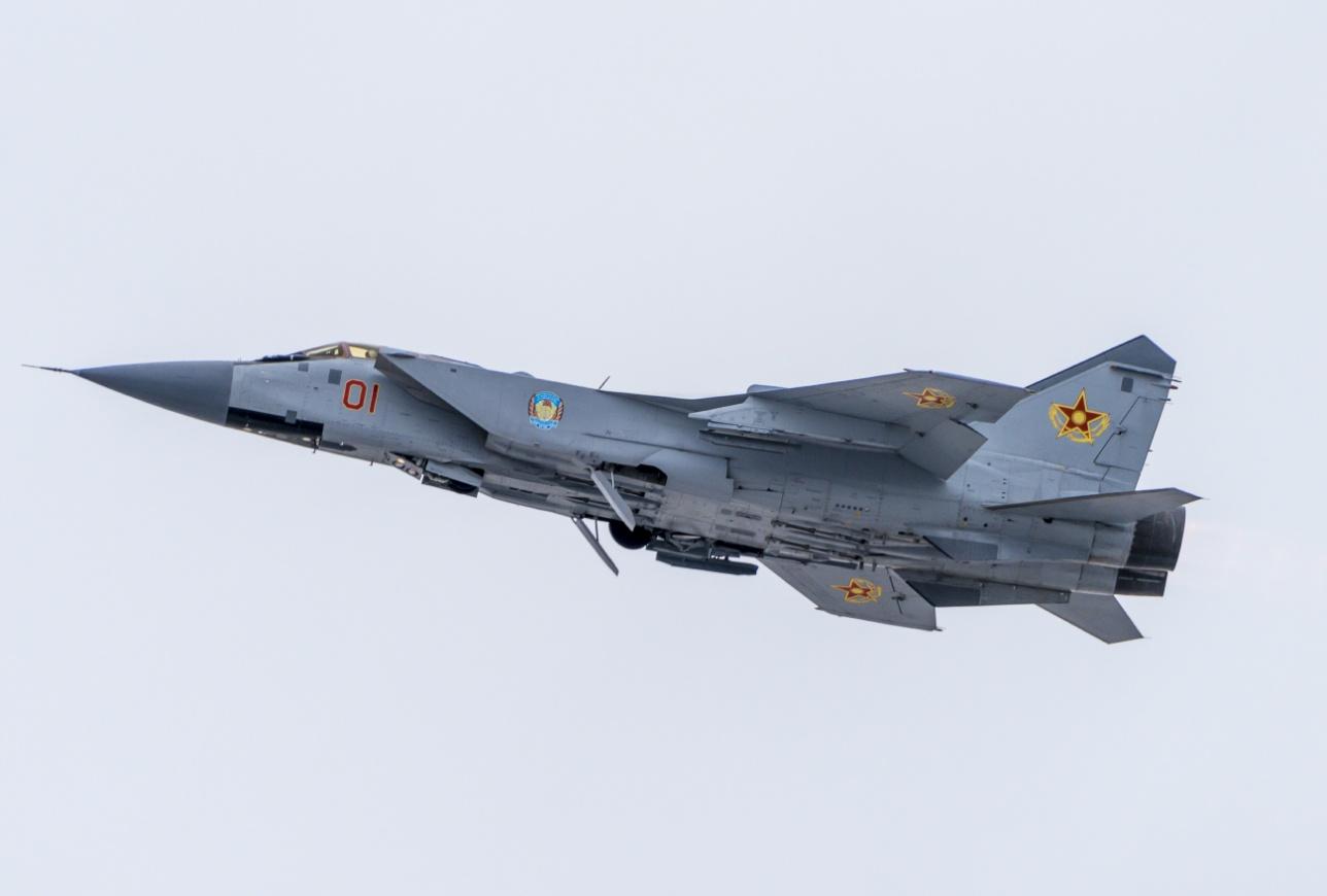 Взлёт Миг-31 военно-воздушных сил Казахстана