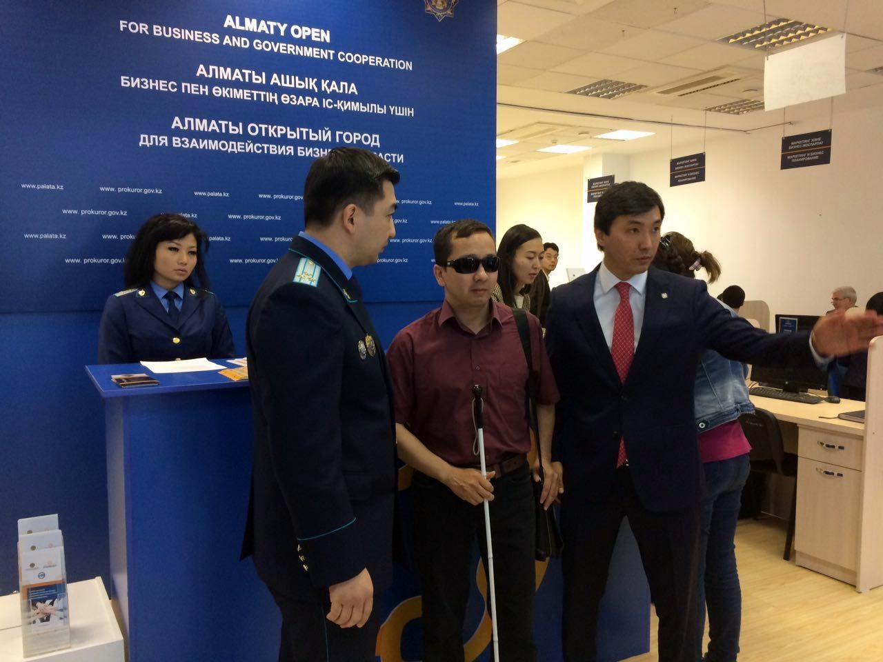 Мадияр Жанысбаев поговорил с представителями прокуратуры и НПП