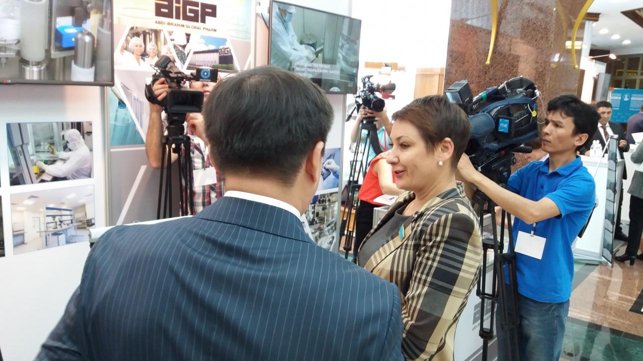 Ольга Шишигина на выставке