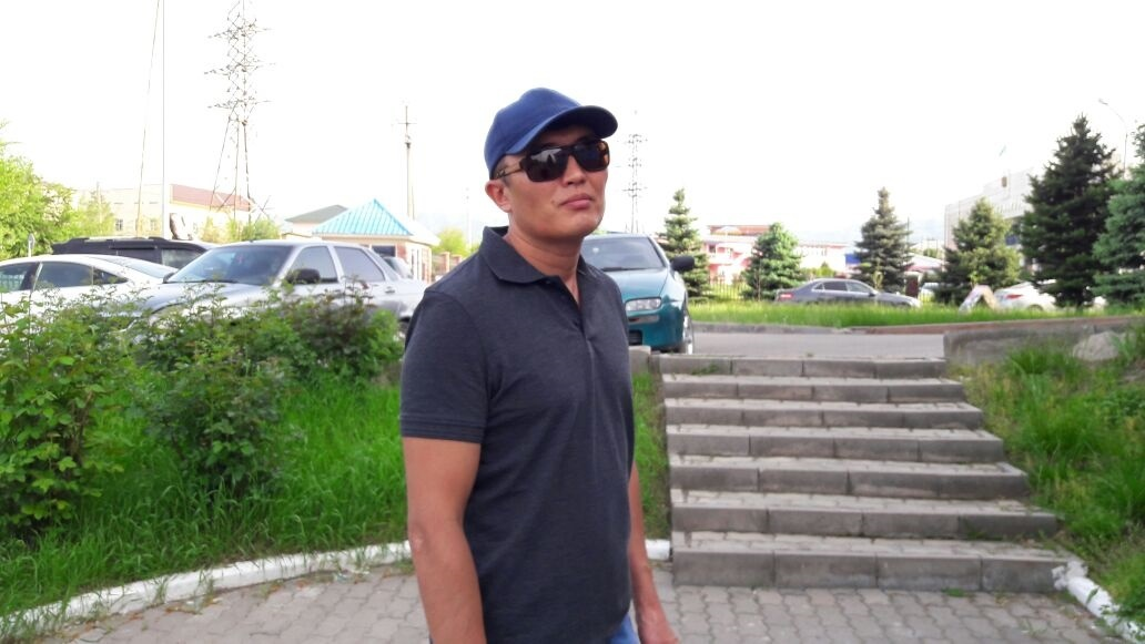 Өркен Азаматұлының әкесі Азамат Кемпірбаев.