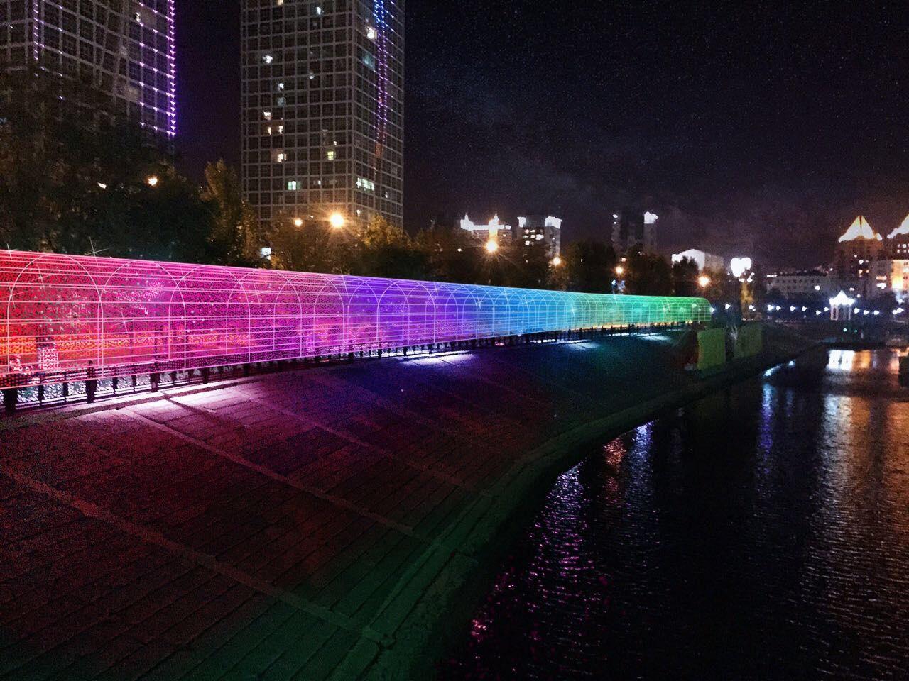 Вся конструкция будет обладать динамической системой освещения