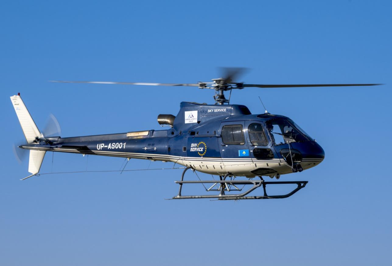 Лёгкий вертолёт Н-125 (AS 350 B3) авиакомпании Sky Service