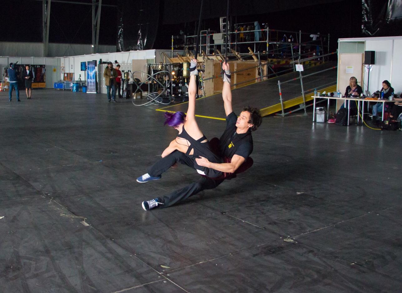 Актёры цирка репетируют