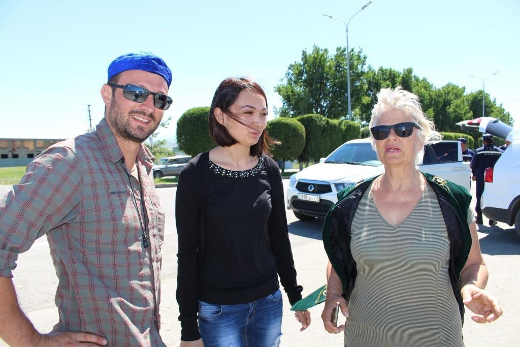 Алматинские спасатели нашли машину заблудившихся иностранных туристов