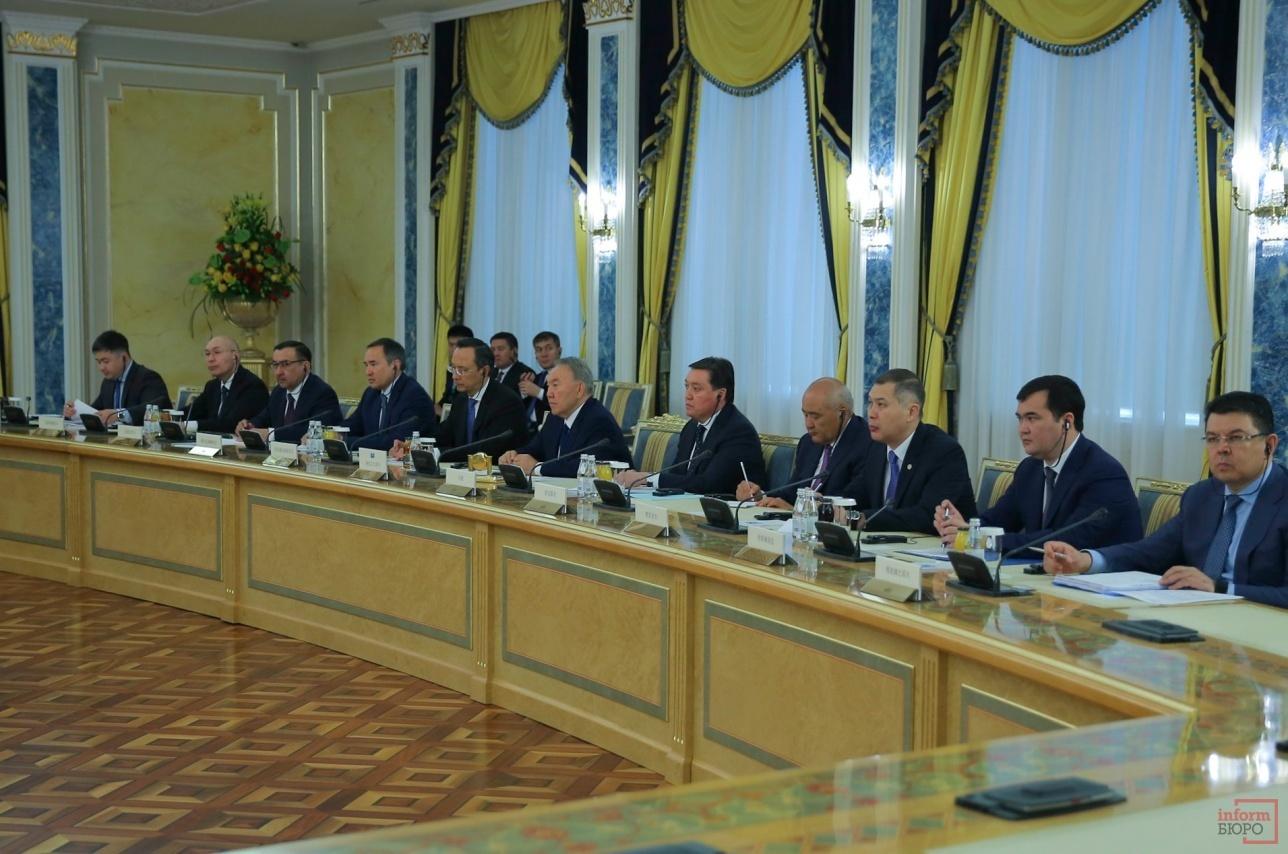 Встреча делегаций Казахстана и Китая в расширенном составе