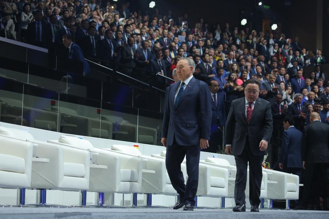 Нурсултан Назарбаев на открытии выставки