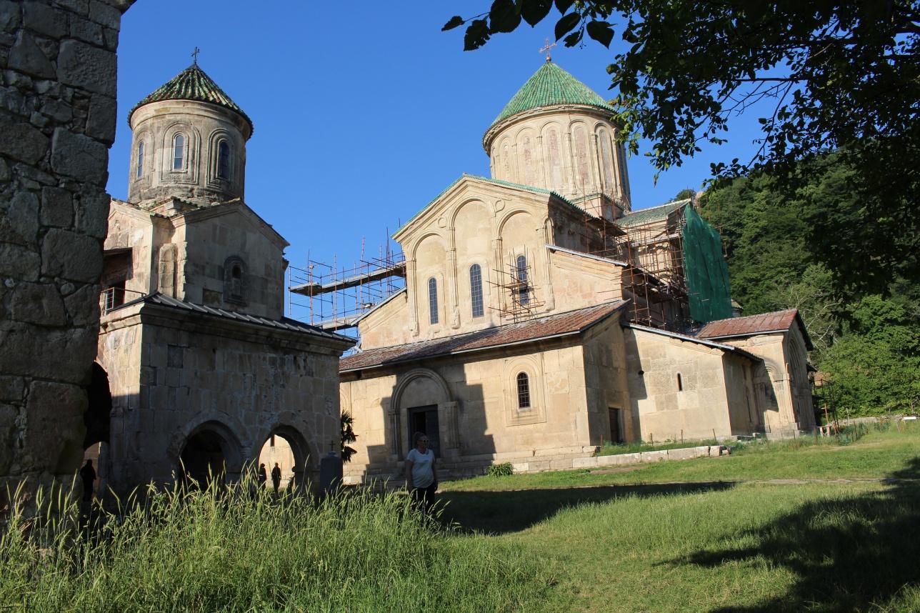 Архитектурная композиция Гелатского монастыря Богородицы