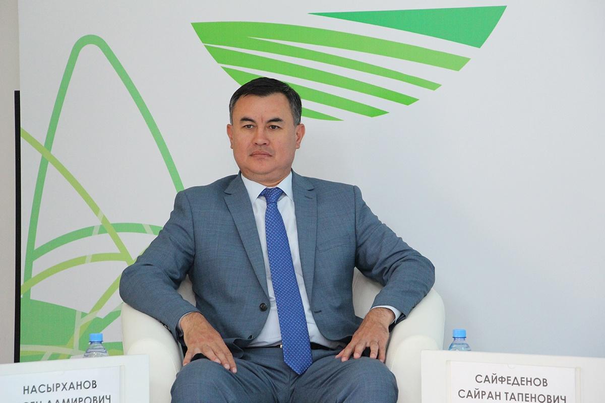 Аким Наурызбайского района Алматы Сайран Сайфеденов