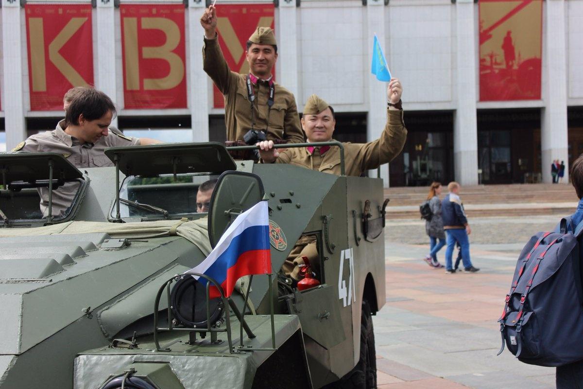 Казахстанцы приняли участие в первом бронепробеге