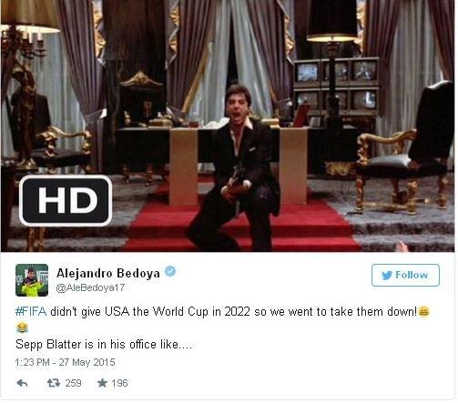 """""""ФИФА не дала США провести ЧМ-2022, поэтому мы на них наехали. Вот так примерно выглядит сейчас Зепп Блаттер в своем кабинете"""""""