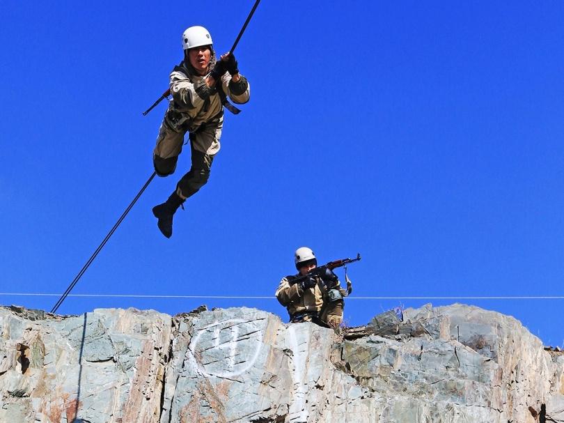 Тренировка горных стрелков