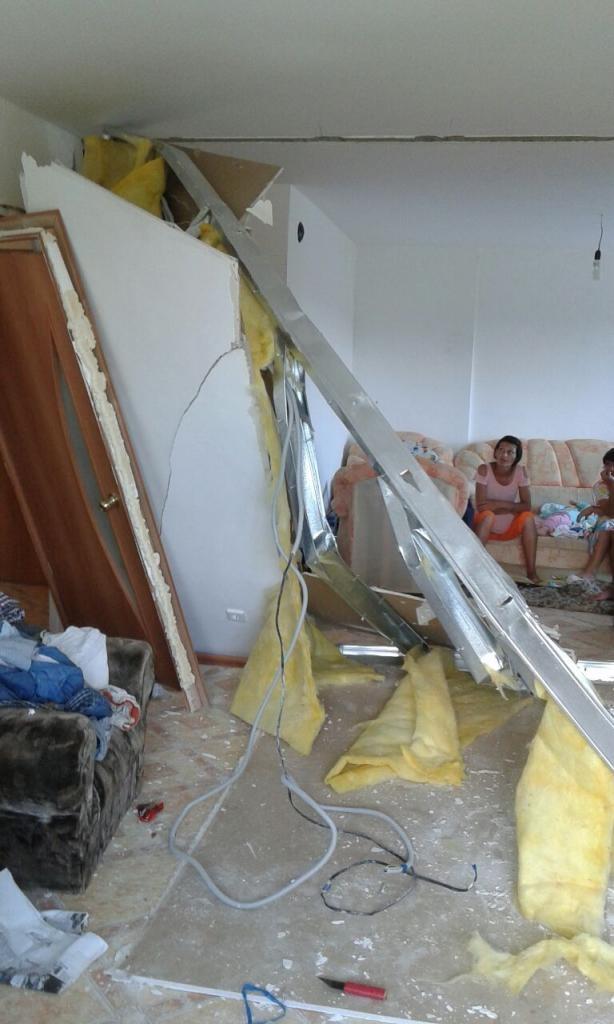 Застройщик пообещал оплатить ремонт жильцам