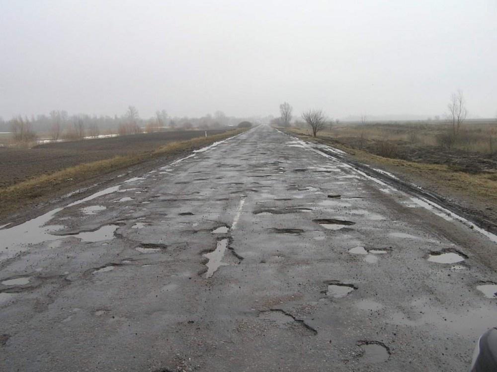 Трасса от Караганды до села Егиндыбулак страдает каждый год от паводков