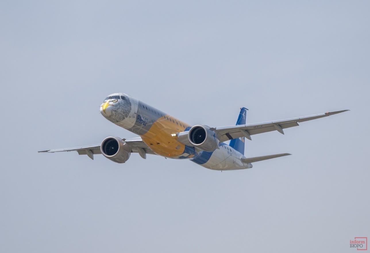 Демонстрационный полет E-195-E2