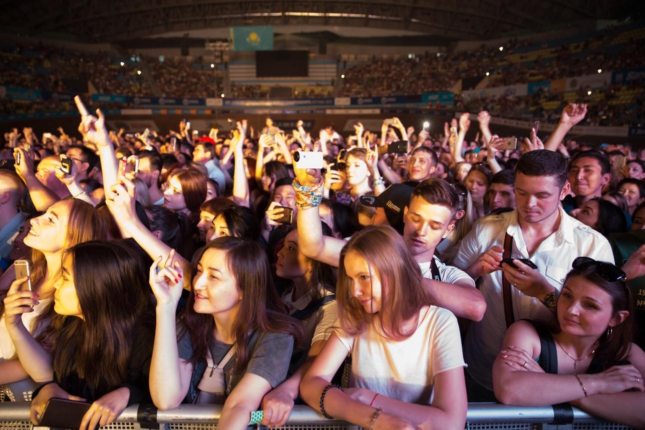 Фанаты рок-музыки