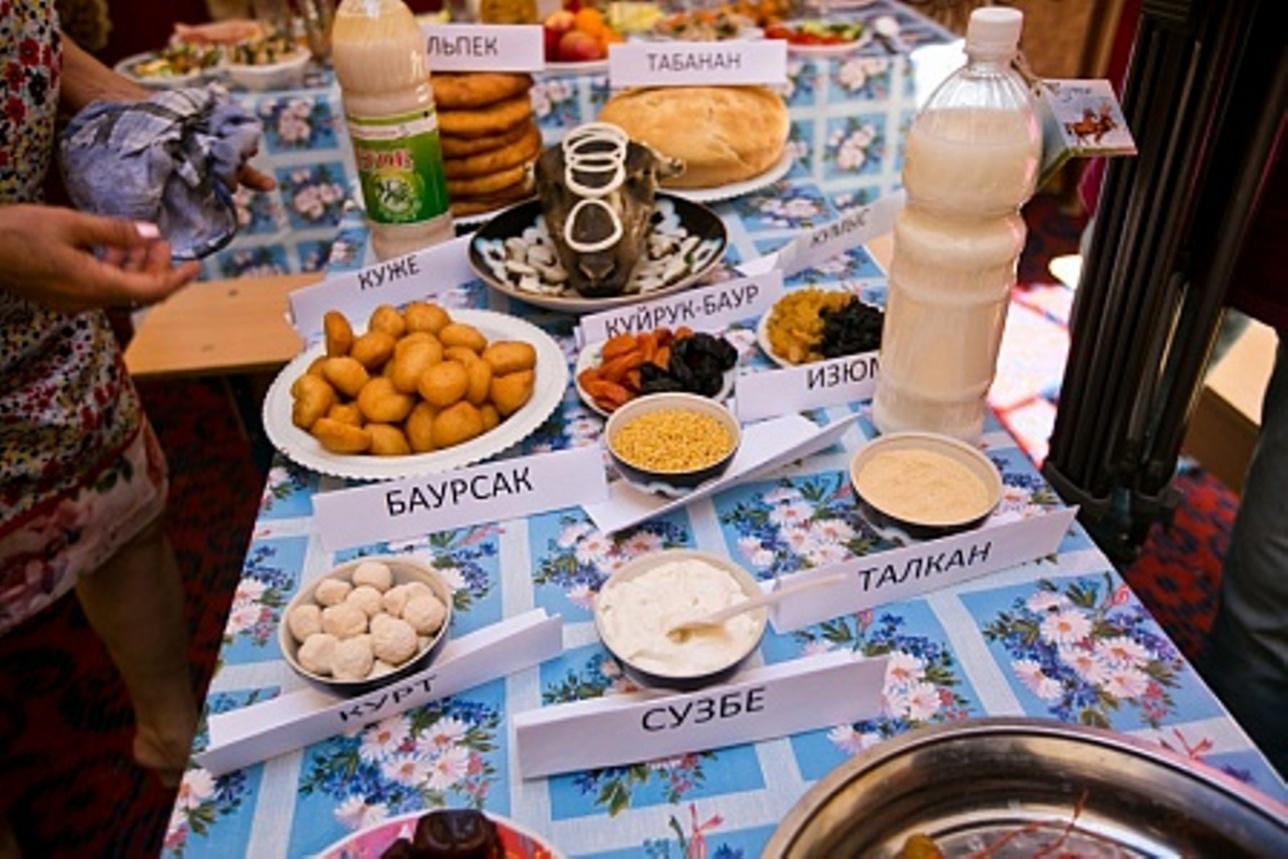 Участники мероприятия отведали блюда казахской кухни