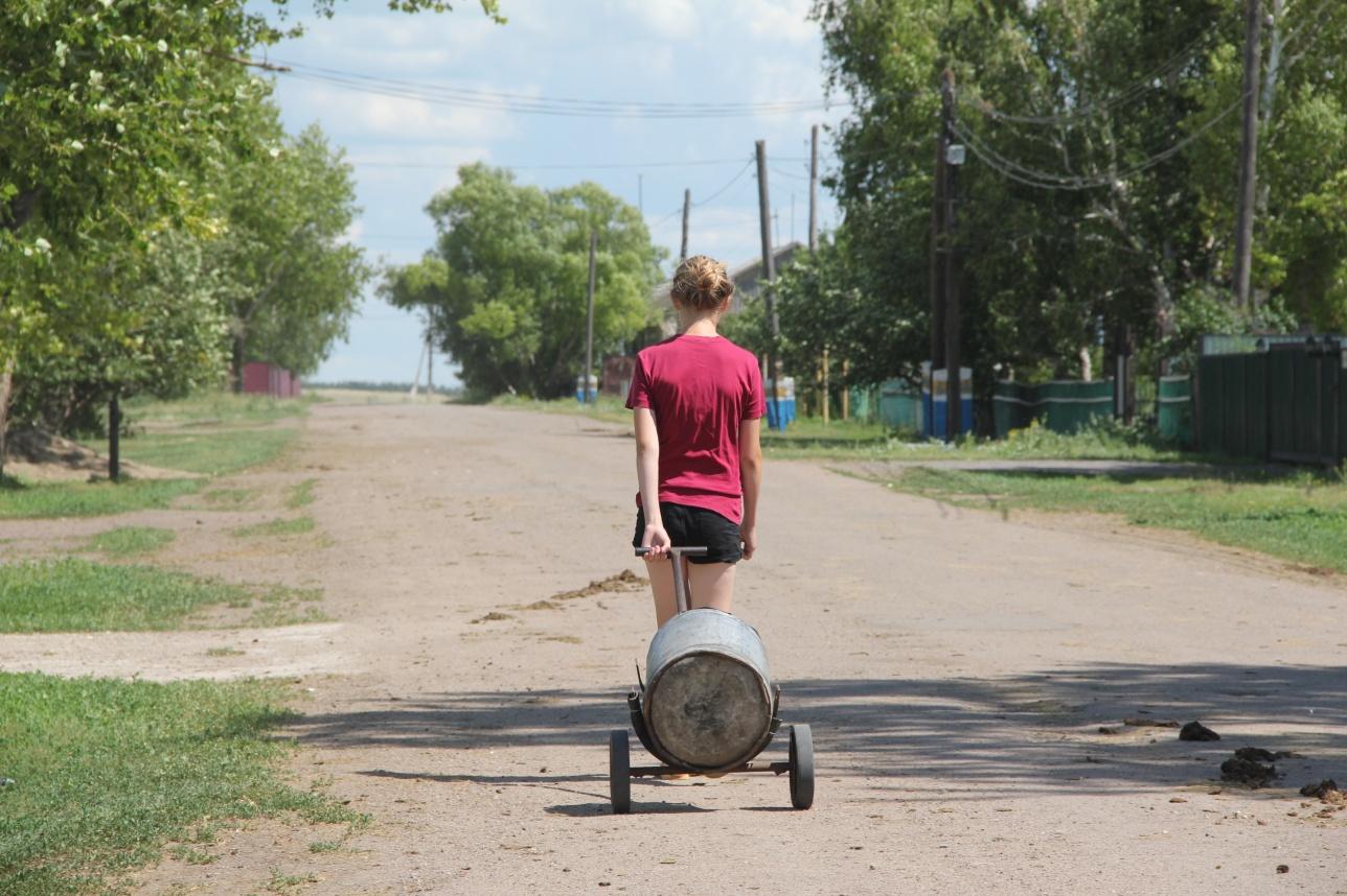 Фляга воды в селе Садовое стоит 20 тенге