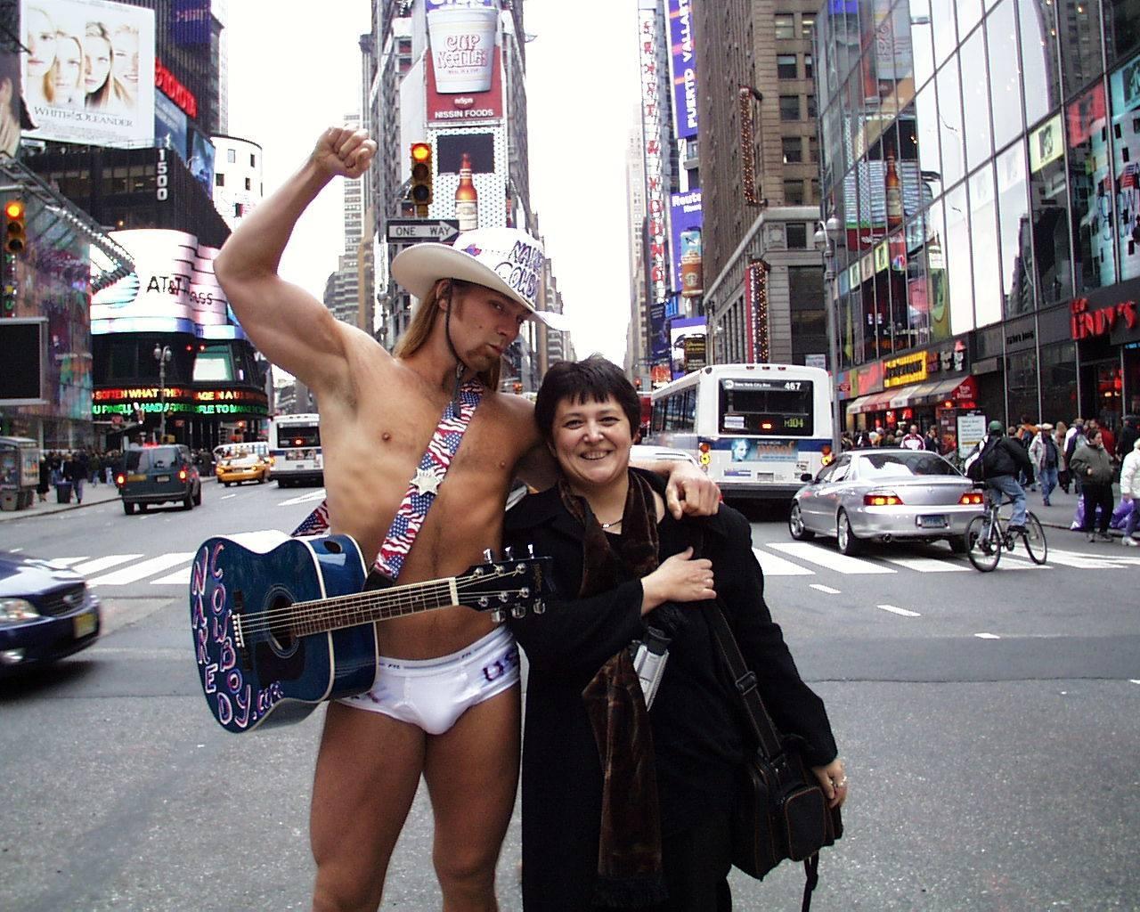 Фото из архива: Парад в Нью-Йорке десять лет назад