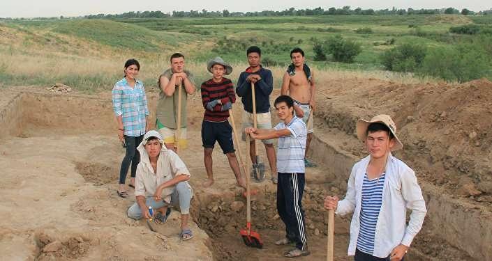 Участники раскопок