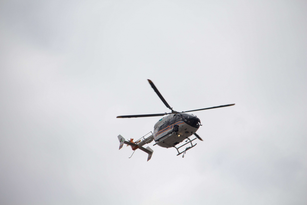 Вертолёт обеспечивал трансляцию заезда