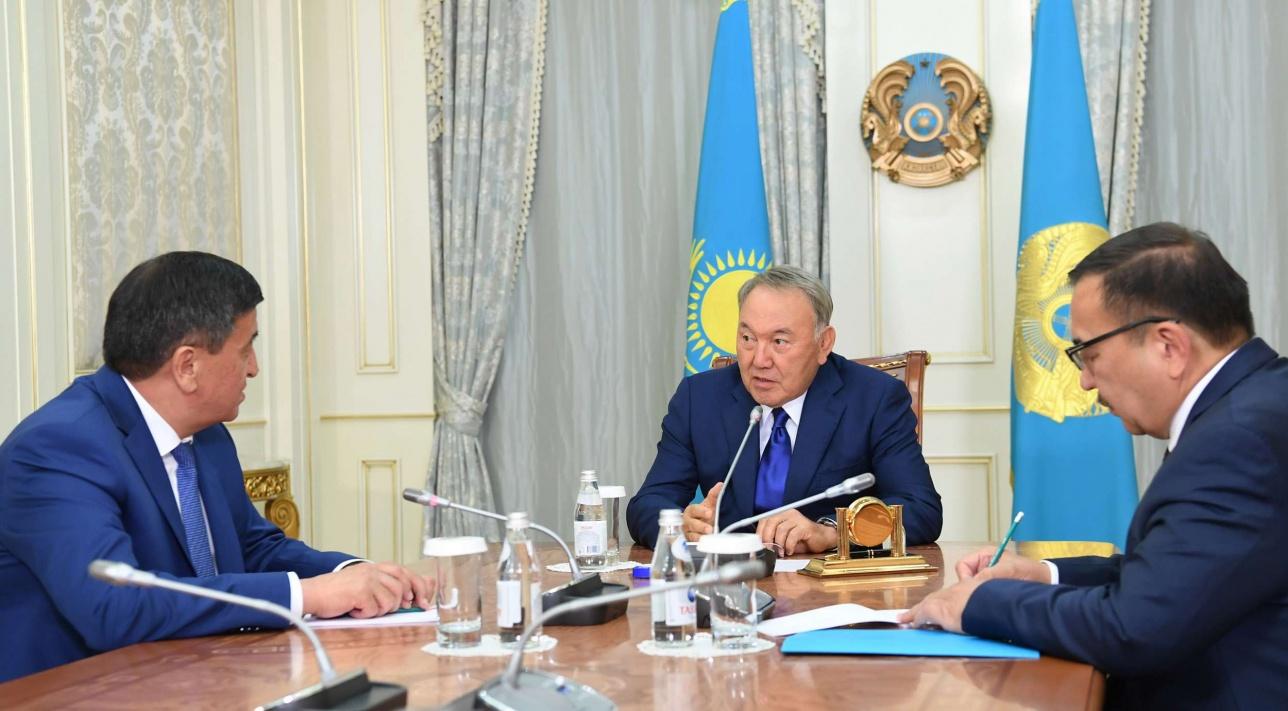 Президент РК Нурсултан Назарбаев встретился с премьер-министром Кыргызстана Сооронбаем Жээнбековым