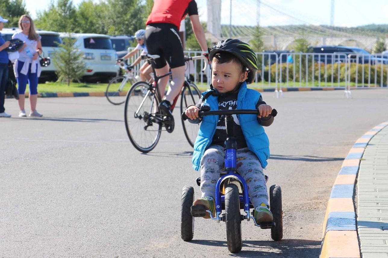 Кто сказал, что транспорт для велопробега должен быть строго двухколёсным?