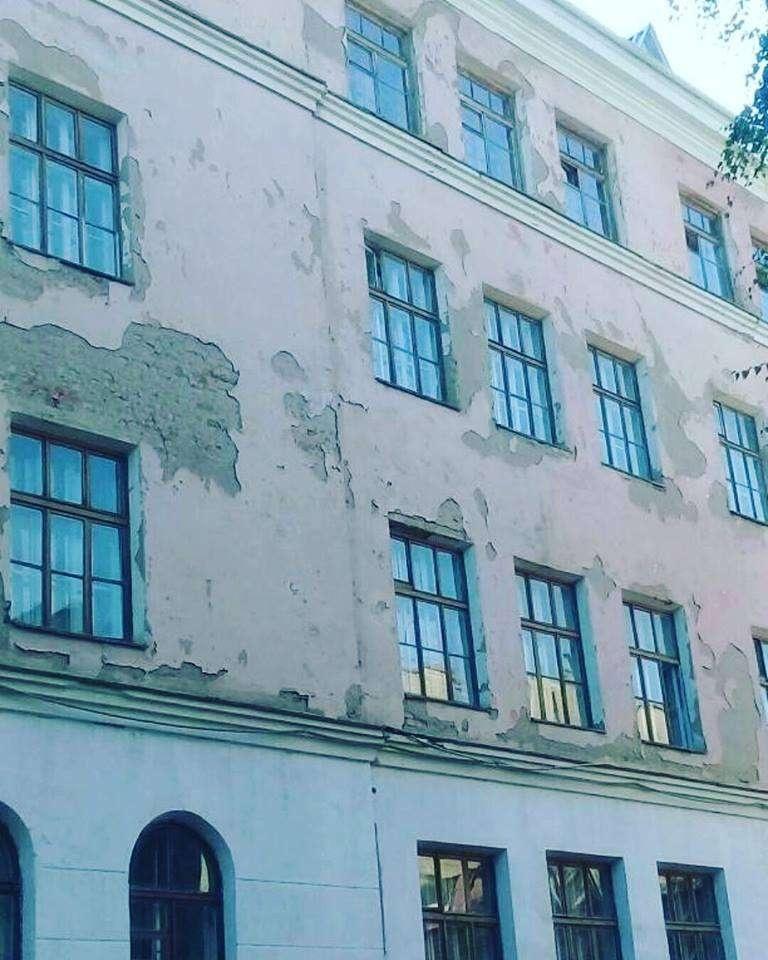 Фасад школы №21 Петропавловска