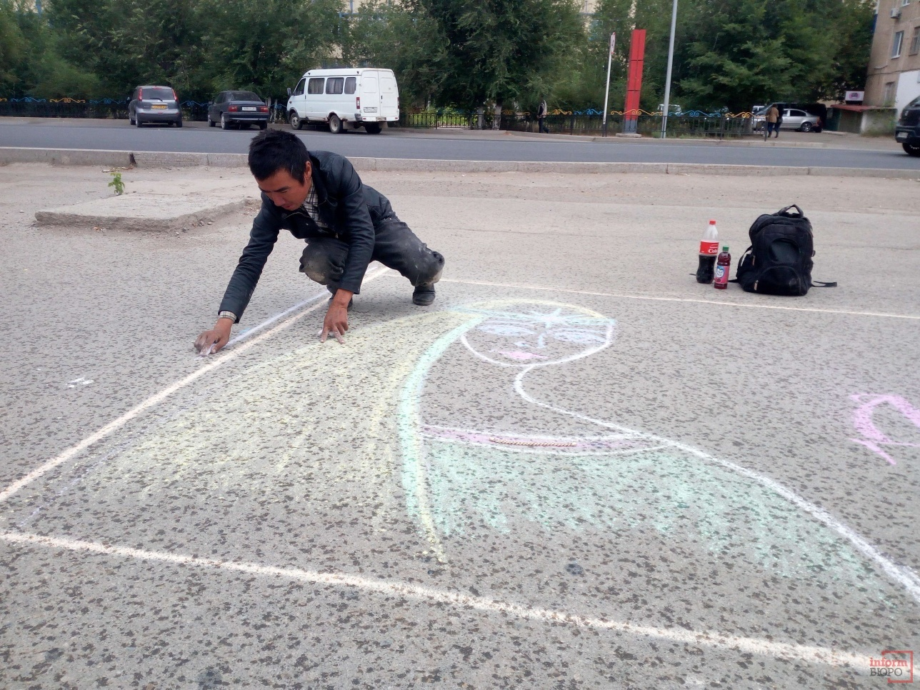 Айбек продвигает уличное искусство