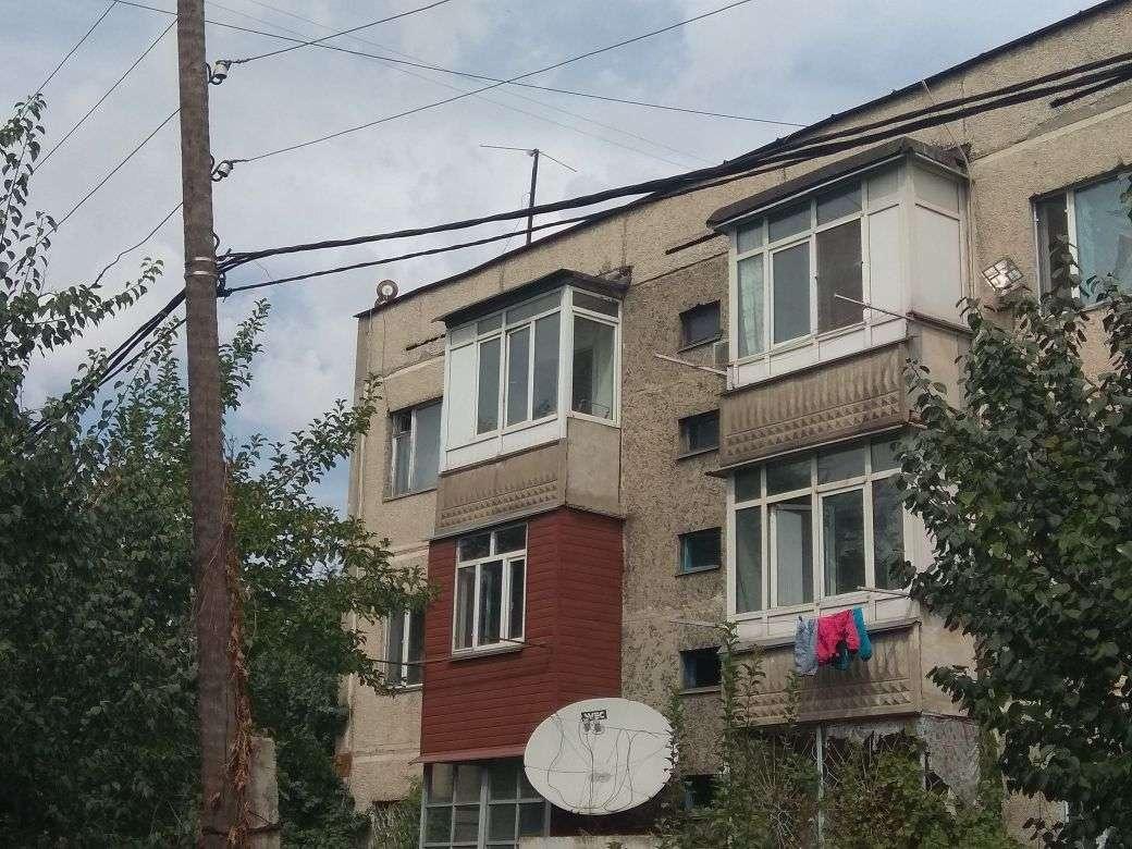 Дом, где жила семья с тремя детьми