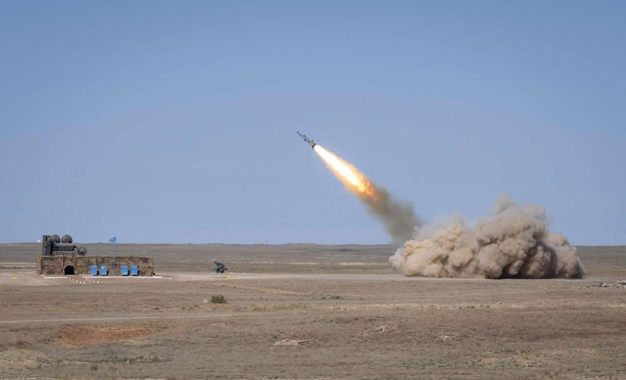 Выстрел ракетой из ЗРК С-75