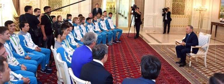 Президент дал напутствие спортсменам