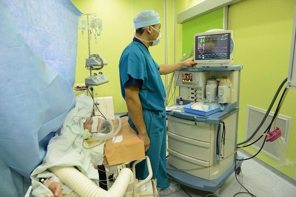 В будущем казахстанские врачи будут проводить подобные операции самостоятельно