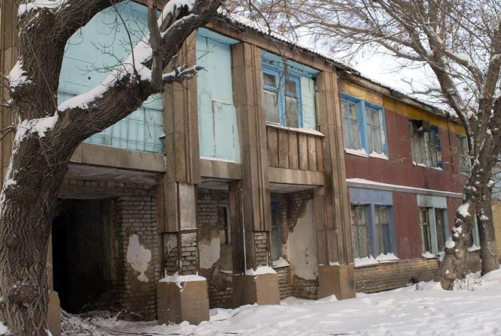 В Алматы такие старые дома давно нуждаются в капремонте
