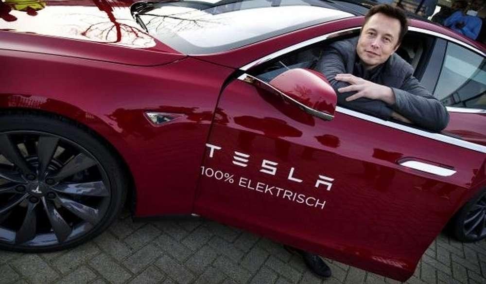 Элон Маск и его Tesla