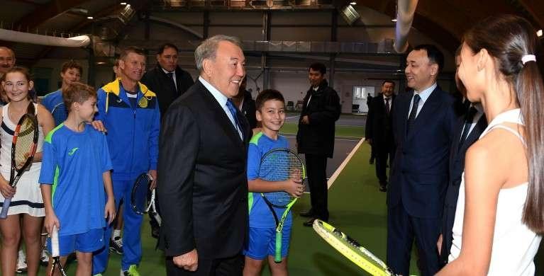 Назарбаев в теннисном центре Костаная