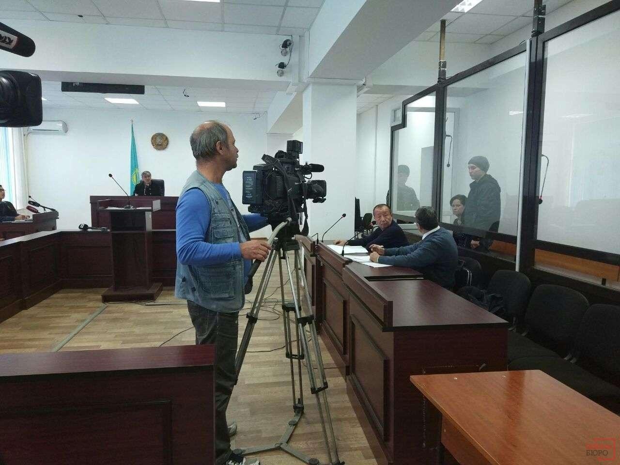 Алла Волченко и Эмиль Гильмутдинов в зале суда