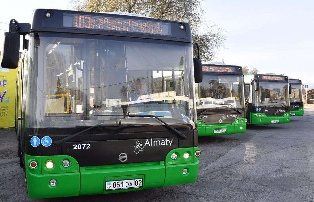 Новые зелёные автобусы появились в Алматы
