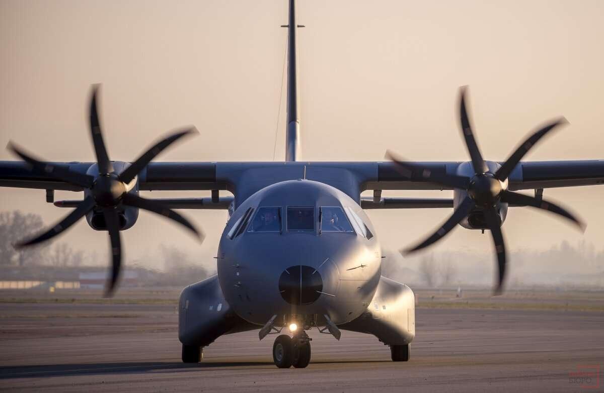 Самолёт предназначен для выполнения широкого спектра задач