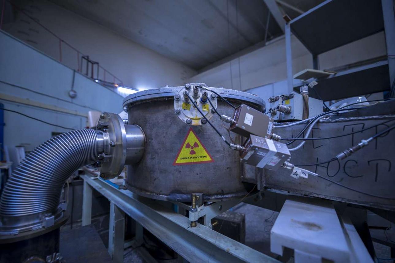 Один из агрегатов ускорителя