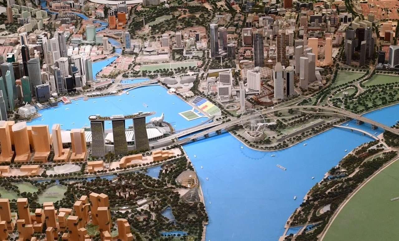 Алматы и Сингапур схожи в своих проблемах