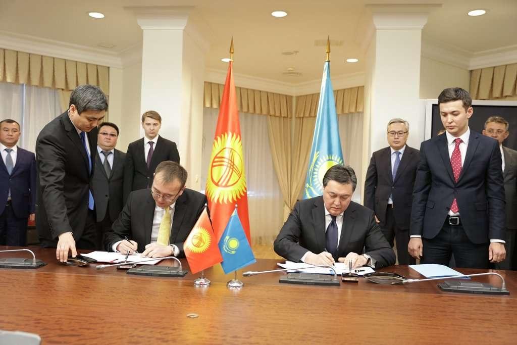 Казахстан снимет усиленный контроль на границе с Кыргызстаном