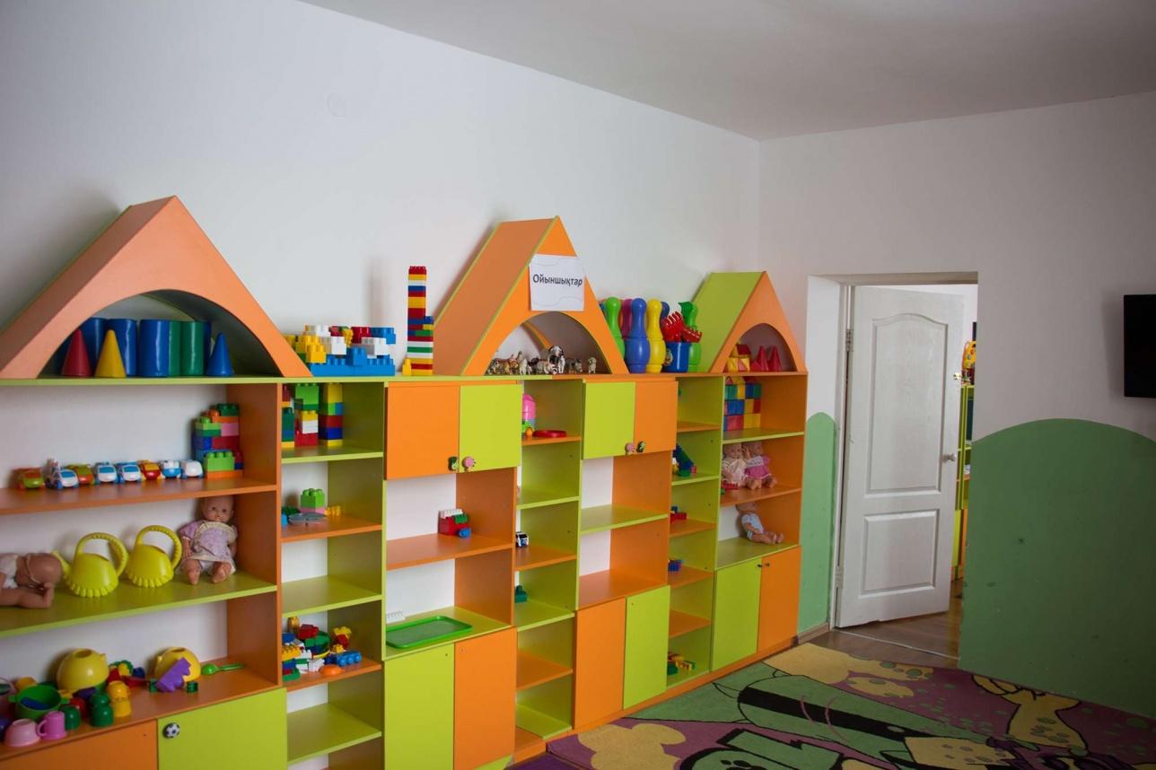 Для детей в рабочем посёлке обустроен детский сад и спортивные площадки